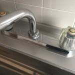 自分で直す!2ハンドル混合水栓の水漏れ